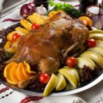 Новогодний стол от ресторана «Баба Марта»